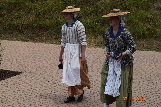 Yorktown, VA: Farm Girls in Period Costume