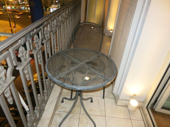 King George, A Luxury Collection Hotel: Balcony With Table And One Chair