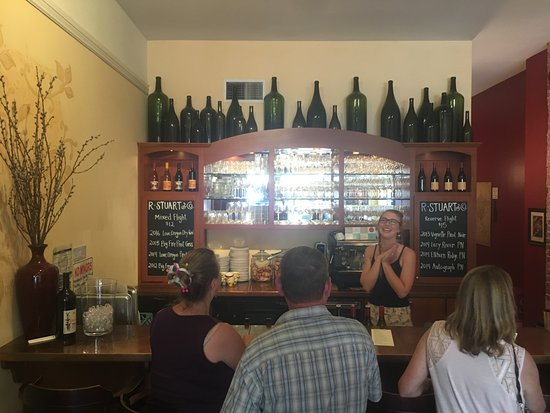 McMinnville, OR: R. Stuart & Co. Wine Bar