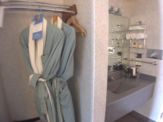 The Springs Resort & Spa: Classic Vanity