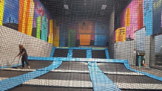 Santee, Californie : Trampoline Area
