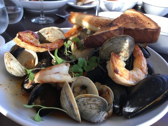 Ventnor City, NJ: Seafood stew