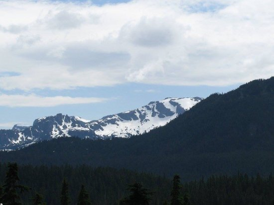 Mount Washington Resort Mile High Chairlift: Vancouver Island Mountains