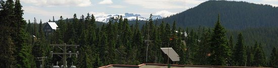 Mount Washington, Canada: View from the cafe