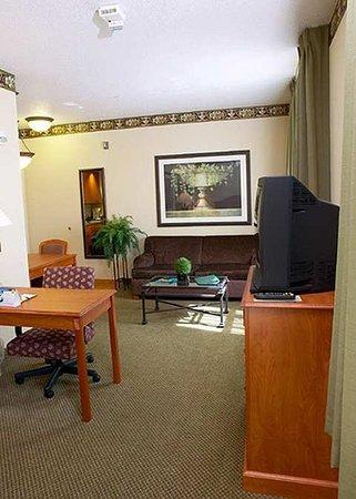 Plainfield, IN: Suite
