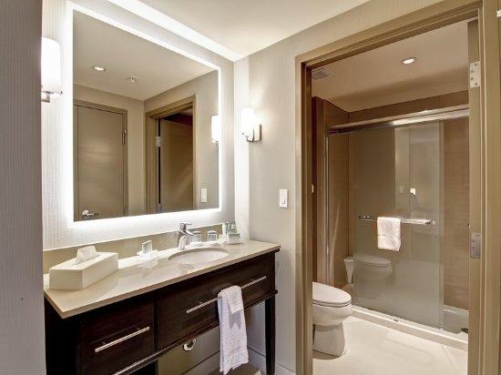 Ajax, Canadá: Bathroom