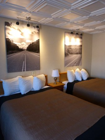 Catalina Motel: Route 17, themed room.