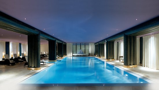 Bellevue, Switzerland: Interior Swimming Pool
