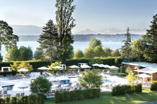 Bellevue, Switzerland: Pool Park La Reserve Geneve 1