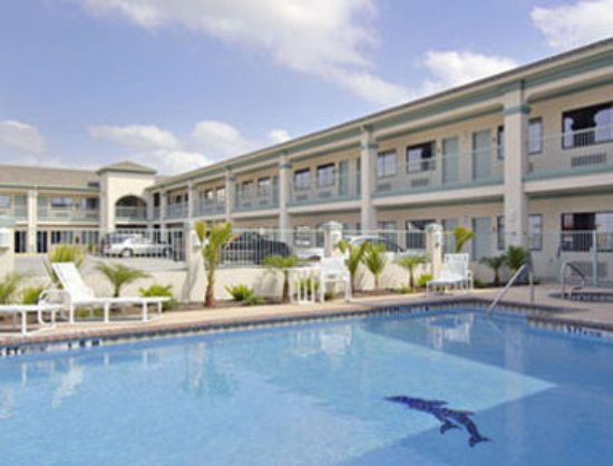 San Benito, TX: Pool