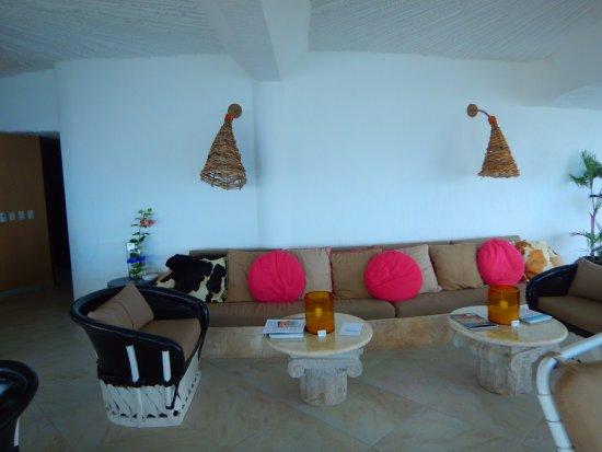 Ocho Cascadas : Living quarters