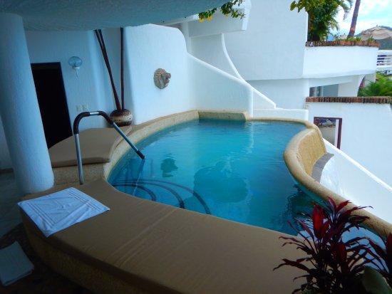 Ocho Cascadas : Private pool inside our suite