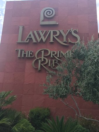 Lawry's The Prime Rib: photo3.jpg