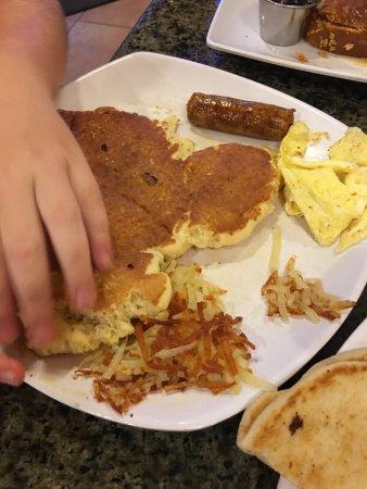 New Port Richey, FL: Kids' big breakfast