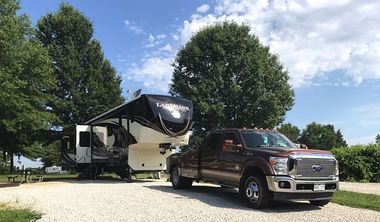 Colorado campgrounds with full hookups in missouri