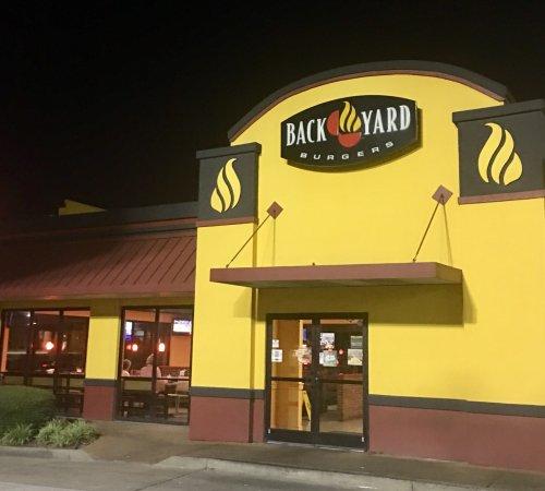 อาร์ลิงตัน, เทนเนสซี: Back Yard Burgers