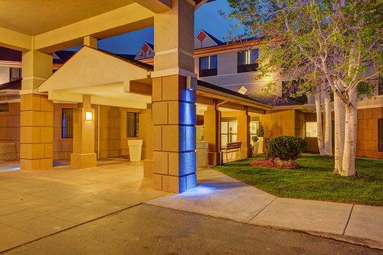 Montrose, Colorado: Montrose Hotel-- Montrose Holiday Inn