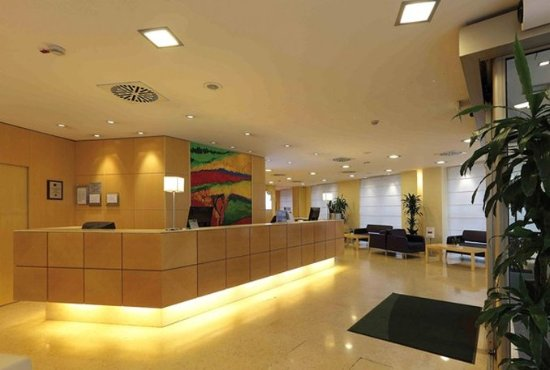 Holiday Inn Milan - Garibaldi Station: Reception