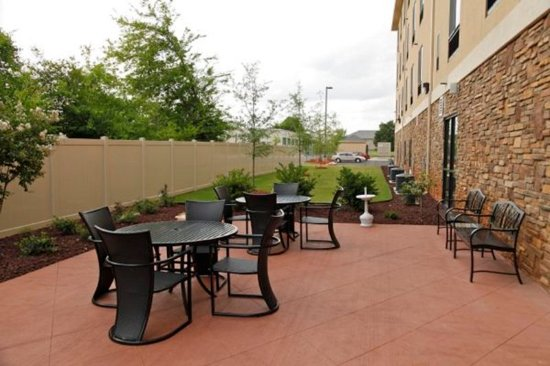 Madison, AL: Outdoor space