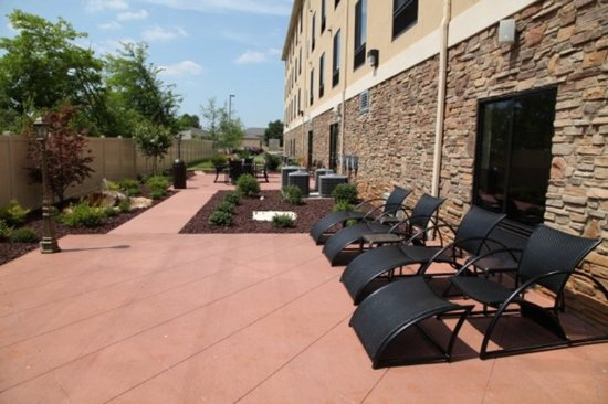 Madison, AL: Guest Patio