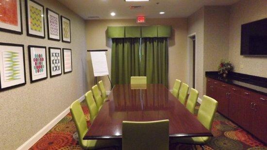 Dyersburg, TN: Meeting Room