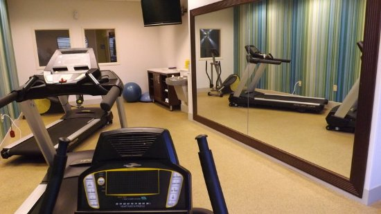 Dyersburg, TN: Fitness Center