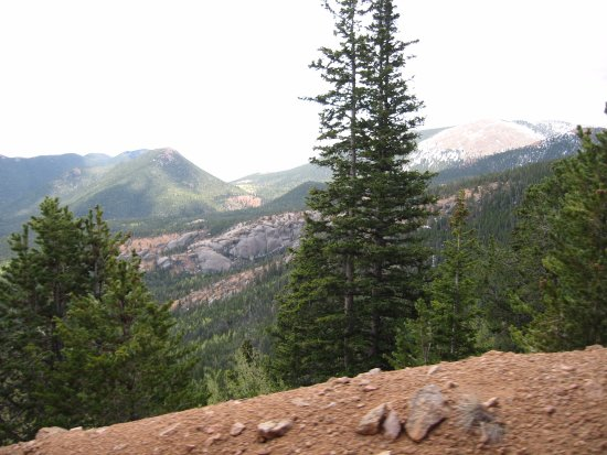 Manitou Springs, Κολοράντο: Cog Railway - Pike's Peak View from the train - May 2007