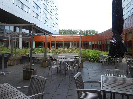 Steigenberger Airport Hotel Amsterdam Photo