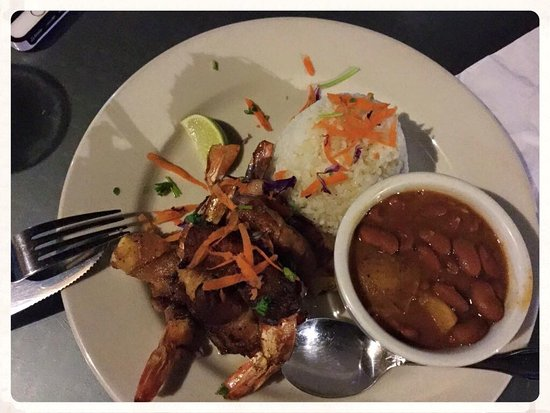 Ocean Front Restaurant: Baked wrapped Shrimp with Arroz y Habichuelas - Delicious!
