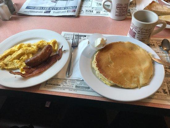 Walden, Estado de Nueva York: $7/$8 breakfast