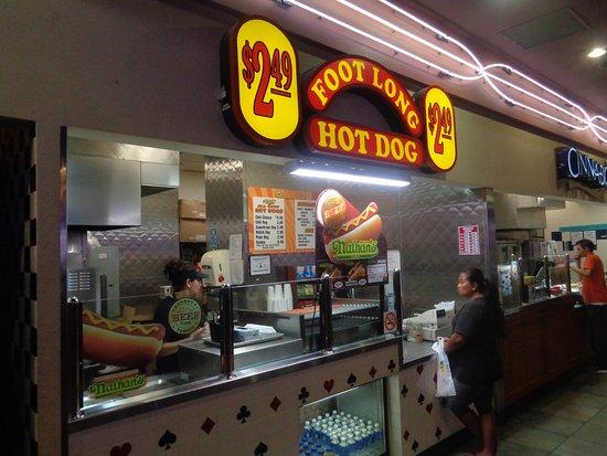 Casino Royale Vegas Hot Dog