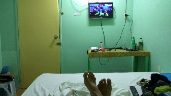 Anda, Philippines: a/c and tv in room