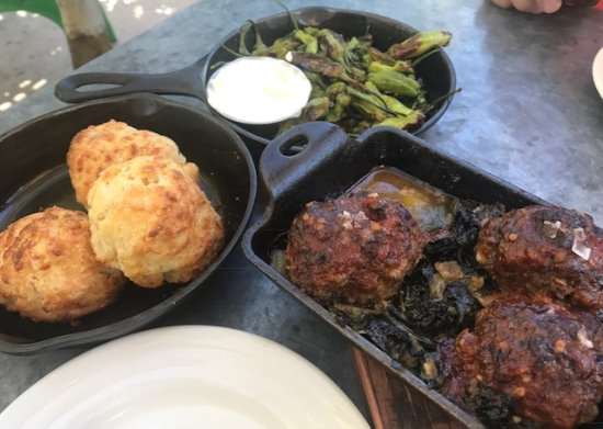 Long Meadow Ranch Winery: Cheddar biscuits, grilled peppers, meatballs.