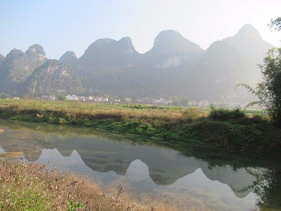 Yingde, จีน: 英西峰林走廊