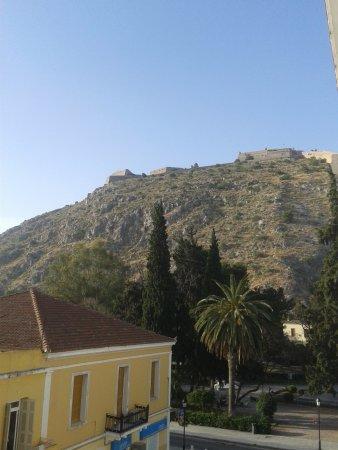 Park Hotel: θέα από το μπαλκόνι, Παλαμήδι
