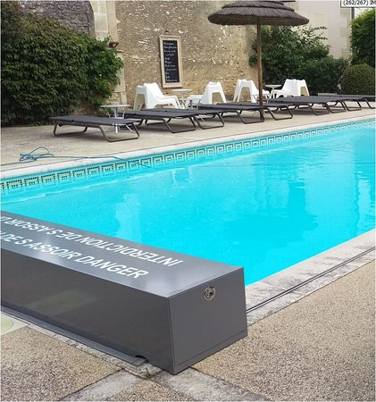 Giardino interno photo de hotel du soleil spa saint - Hotel le mas du soleil salon de provence ...