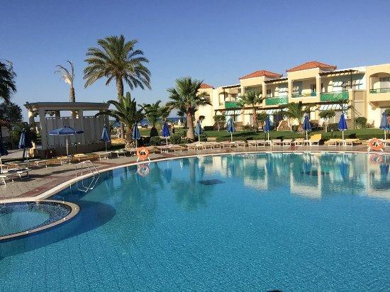 Displays Lindos Princess Beach Hotel - Lindos travel guide