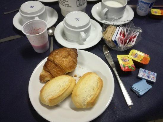 Albergo Le Tre Isole Villaggio: la colazione a buffet