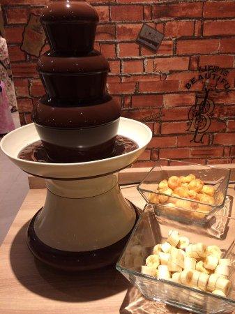 Osaki, Ιαπωνία: このチョコレートフォンデュ以外にもデザート&フルーツが色々ありました