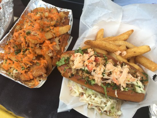 Kewalo Basin Food Trucks