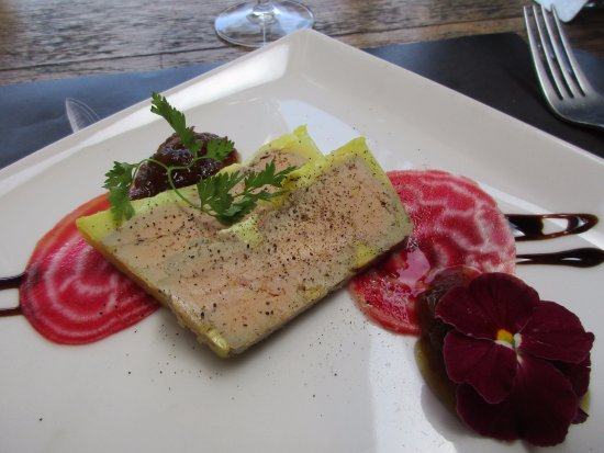 Tende, Francia: Foie gras with radicchio and fig