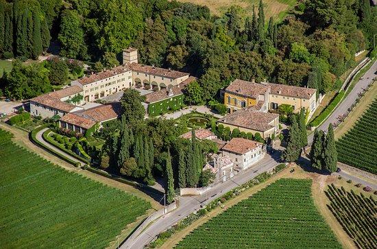 Sant'Ambrogio di Valpolicella, إيطاليا: Tenuta Serego Alighieri