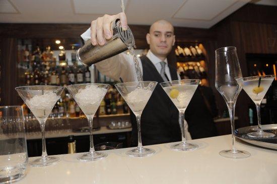 Oakley, UK: 1795 Bar Cocktails