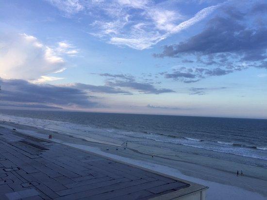 Foto de Days Inn Daytona Oceanfront