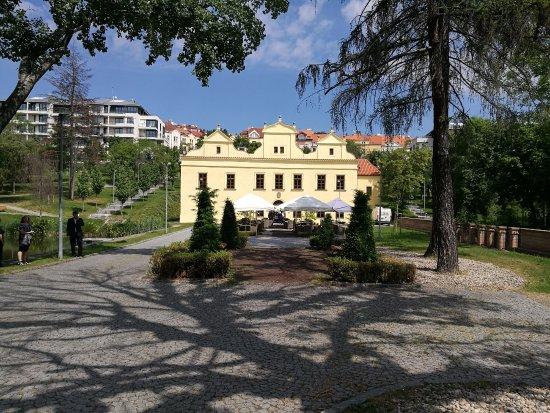 burned what is that? - Picture of Vila Kajetanka, Prague