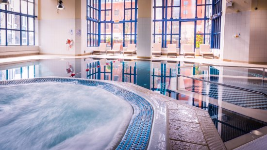 Crowne plaza leeds updated 2018 hotel reviews price comparison tripadvisor for Swimming pools leeds city centre