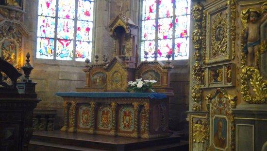 Lampaul-Guimiliau, Francia: l'autel