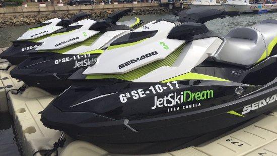 Ayamonte, İspanya: Nuestras motos de agua SeaDoo son garantía de calidad y comodidad