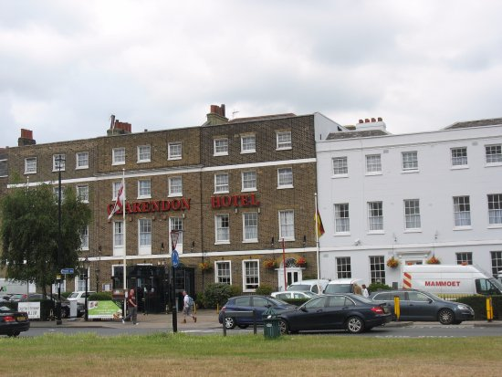 The Clarendon Hotel - Blackheath Village Picture