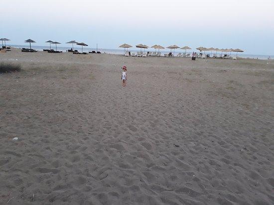 Almira Butik Hotel: çıralı plajı